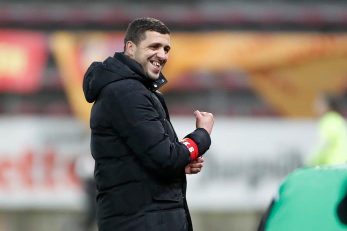 Karim Belhocine, entraîneur de Charleroi.