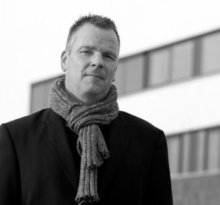 Dirk Benschop, bedenker van Ageviewer. Hij looft honderdduizend euro uit voor wie de notulen boven water haalt. Beeld
