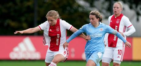 Ajax brengt PSV Vrouwen eerste eredivisienederlaag in anderhalf jaar toe
