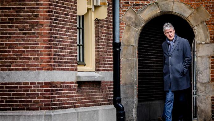 Minister Arie Slob voor Basis- en Voortgezet Onderwijs en Media op het Binnenhof.