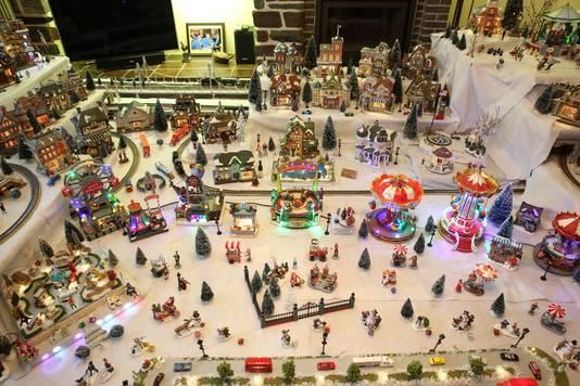 Het kerstdorp kan ook mooi verlicht worden.