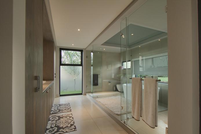 De afwerking is volgens mede-oprichter Rick van den Bos een stuk luxueuzer dan we gewend zijn van sociale woningbouw.