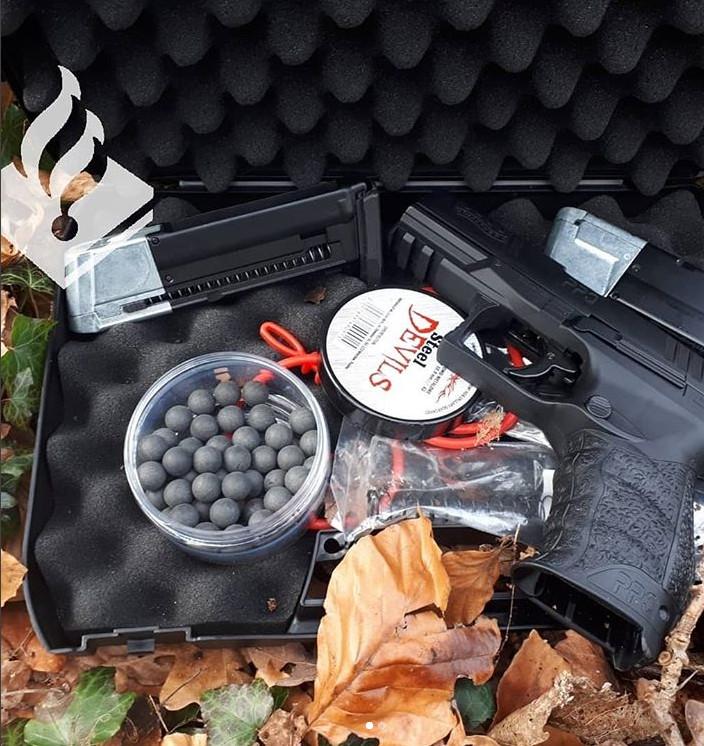 Luchtdrukpistool politie gevonden Westland Staelduinbos