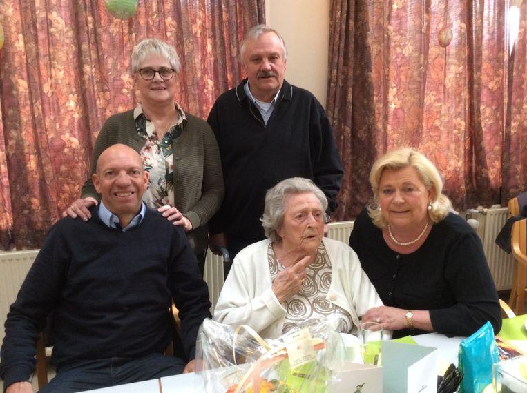 Elisabeth 'Liesbeth' Goossens viert haar 103de verjaardag.