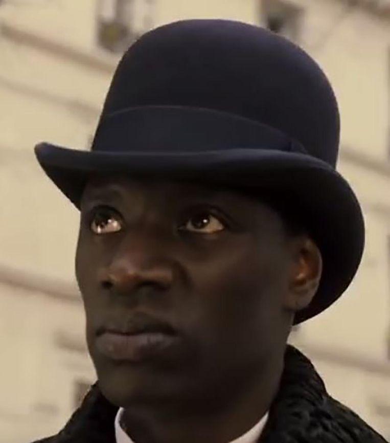 Acteur Omar Sy als de voormalige slaaf Rafael Padilla in Monsieur Chocolat. Beeld Screenshot Youtube