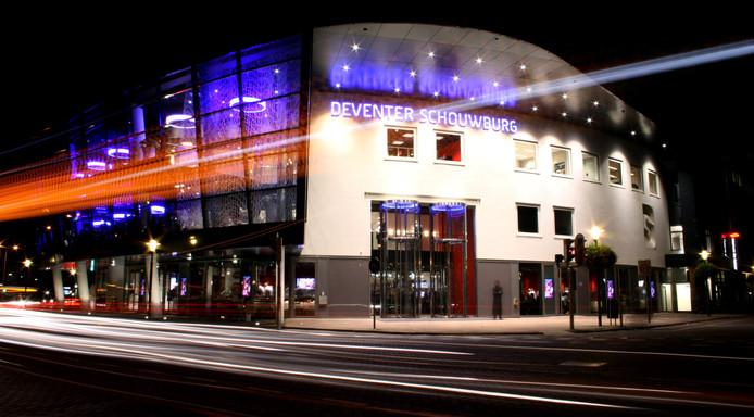 De Deventer Schouwburg heeft de komende jaren extra geld nodig. Anders sneuvelt een deel van het theateraanbod.