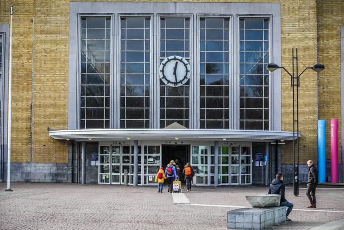 Het station van Brugge.