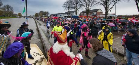 Sinterklaas vindt boot voor Emmeloord