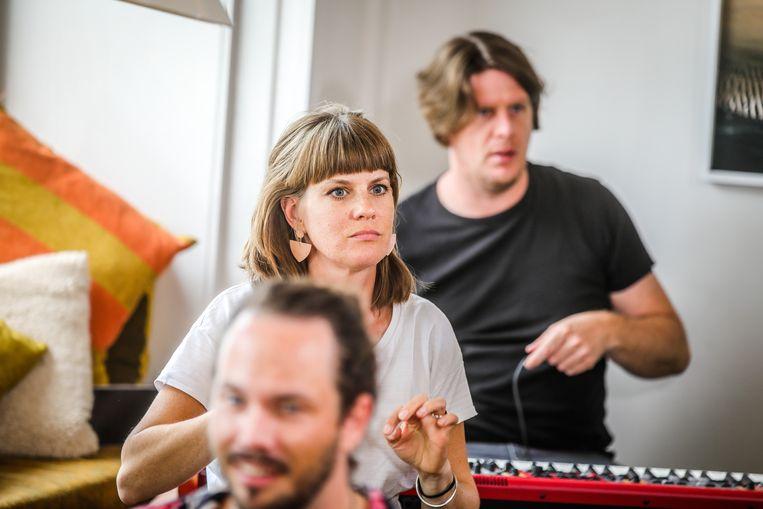 Isolde Lasoen brengt een op haar manier een ode aan Oostendse liedjes.