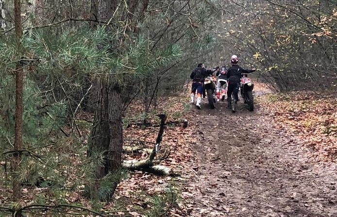 Motorcrossers aangehouden in natuurgebied De Pan.