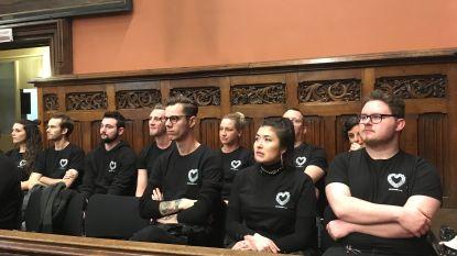 Kompass Klub in het zwart op gemeenteraad
