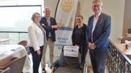 Rotary Diksmuide geeft rolstoel aan scouts Kortemark