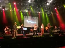 Gaat de Enschedese band Lovers & Lions Jeangu Macrooy achterna?