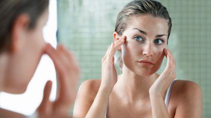 Luchtvervuiling vormt een groot gevaar voor je huid. Zo bescherm je ze ertegen