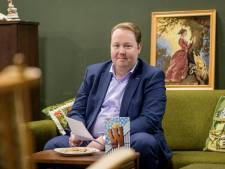 Enschedese wethouder geeft antwoord op vragen met een rijm