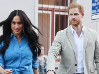 """Goedbedoeld bezoek van Meghan Markle en prins Harry aan kleuterschool escaleert: """"Een totaal gebrek aan respect"""""""