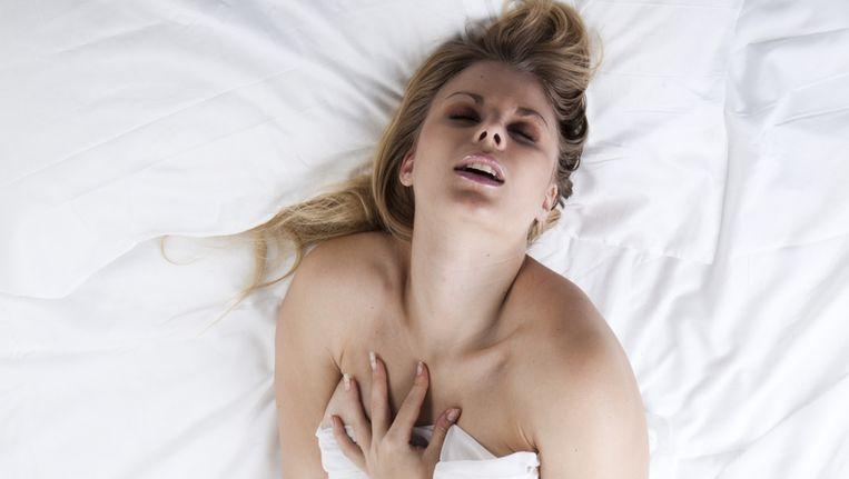 vrouwelijke orgasme gids tiener lesbiennes Videos