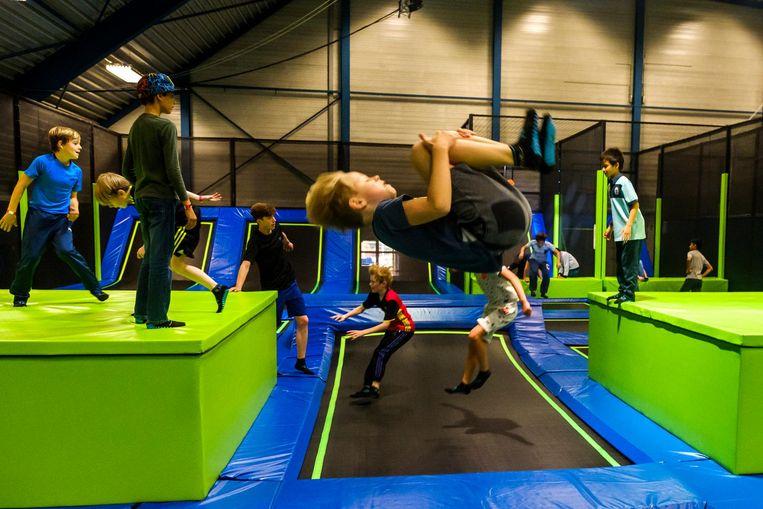 Springen, stuiteren en salto's maken: het kan allemaal bij Mega Bounce.