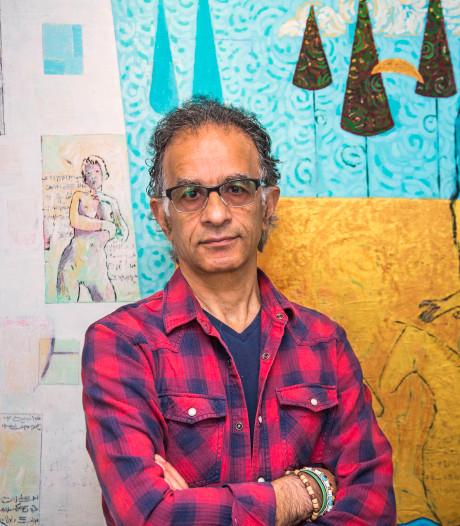 Voormalig politiek cartoonist nu schilder van naakte vrouwen