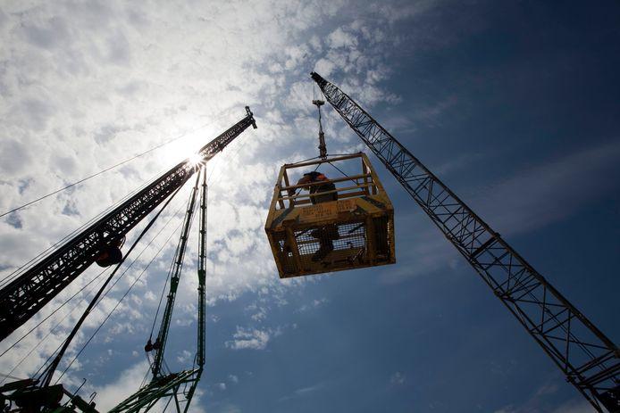 De bouwsector zegt eveneens in het gedrang te komen als de regering het verscherpte stikstofbeleid weigert aan te passen.