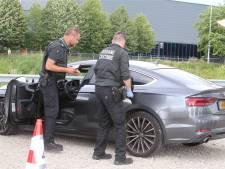 Grote politiecontrole Den Bosch West: vijf mensen aangehouden en twee hennepkwekerijen opgerold