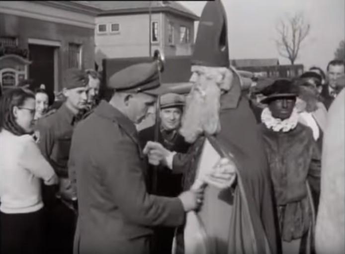 In 1948 was het voor de Sint geen pretje om Nederland binnen te komen