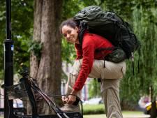 Chaneeqa (25) maakt voetreis van haar leven: van Hengelo naar India