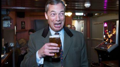 Brexitpartij van Farage op koers om klinkende overwinning te behalen bij Europese verkiezingen
