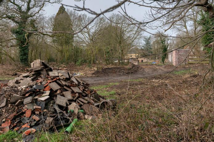 Nederland,  Sint Michielsgestel, de toekomstige parkeerplek van landgoed Haanwijk. Foto met het gezicht naar hetr hoofdgebouw