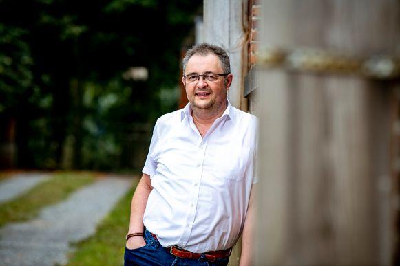 Patrick Vandijck uit Kortenaken belandde eind april in het ziekenhuis met corona en lag een tijdlang in coma. Hij heeft zijn leven te danken aan remdesivir, een medicijn dat oorspronkelijk ontwikkeld werd tegen ebola.