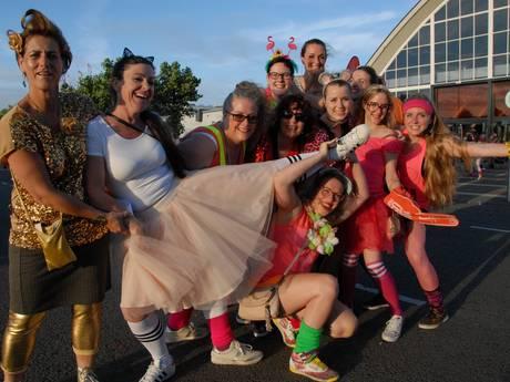 De Foute Party van Q-Music: van Piet Piraat tot Cora van Mora