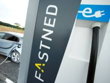 Rijkswaterstaat wil geen kiosk en wc's bij snellaadstation Velder