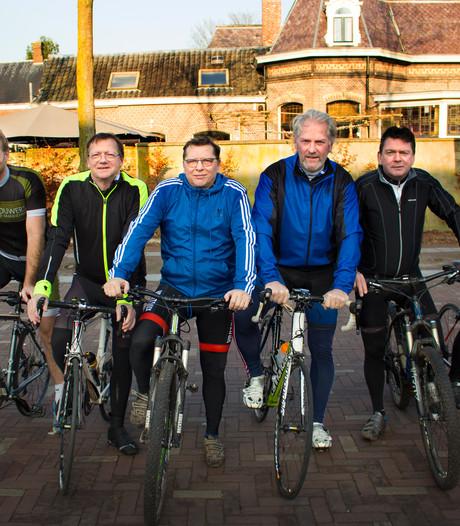 Oud-vedetten Willem II en Trappers fietsen op Ventoux geld bijeen voor voetbalproject in Rio