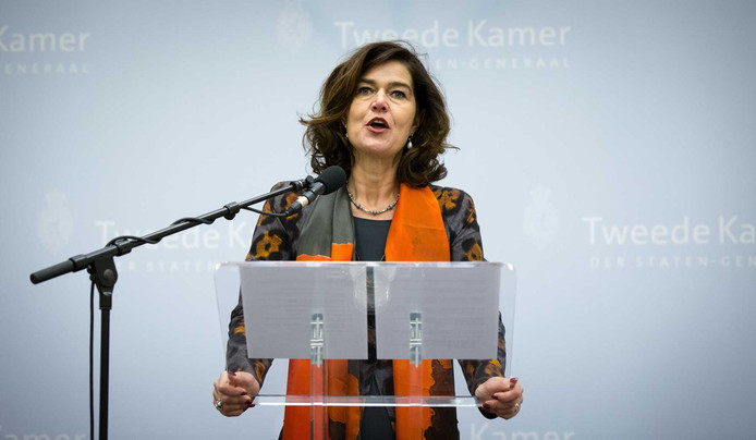 Kamervoorzitter Anouchka van Miltenburg zaterdag tijdens de verklaring in de Oude Zaal van de Tweede Kamer waarin ze haar aftreden bekendmaakte.