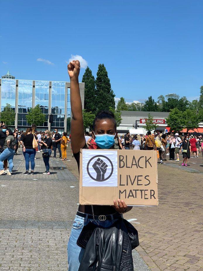 Meseret Mehari tijdens de demonstratie in Breda.