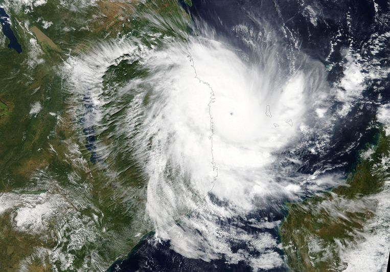 Orkaan Kenneth nadert de kust van Mozambique op 25 april.