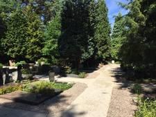 Balorige jongeren gebruiken Bilthovense begraafplaats als hangplek