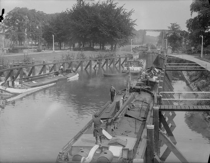 De Willemsvaart in 1937. collectie Spaarnestad, Historisch Centrum Overijssel