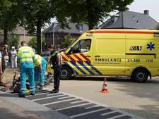 Twee fietsers aangereden op kruising
