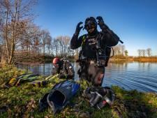 Een koude duik levert nog geen antwoorden op in Kampen