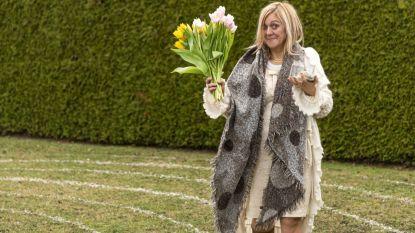 """Gina uit Herent lanceerde 10 jaar geleden Nationale Complimentendag en geeft u nog wat tips: """"Geen bloemen of pralines, het woord staat centraal"""""""