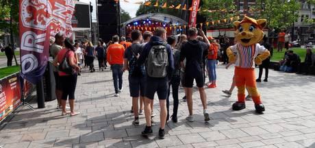 Oranje Fanzone Rotterdam stroomt vol