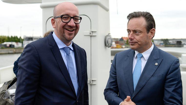 Charles Michel en Bart De Wever in de haven van Antwerpen. (Archieffoto.)