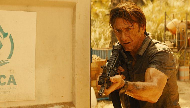 Sean Penn als Rambo: geen succes. Beeld The Gunman