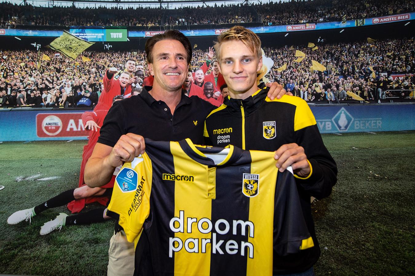 Marc van Hintum (l) en Martin Ødegaard. Die moet voor de gewenste creativiteit zorgen.