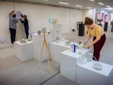 Nog even sjouwen, zaterdag is het nieuwe museum in Waalwijk klaar