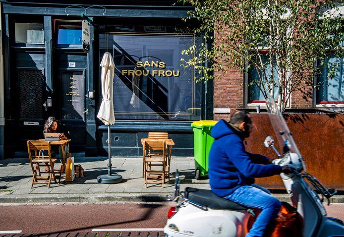 Sans Frou Frou in Rotterdam. Geen gedoe? De deur bleef wel dicht voor de AD-fotograaf.