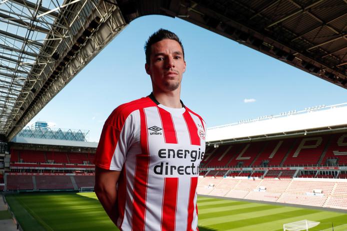 Nick Viergever: van Ajax naar PSV.
