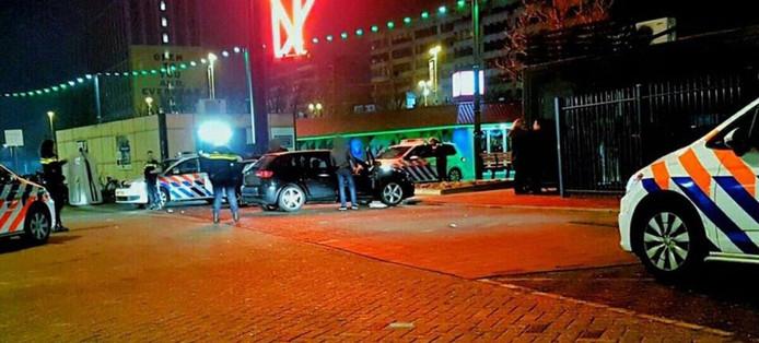 Vechtpartij met twintig mensen bij station Eindhoven