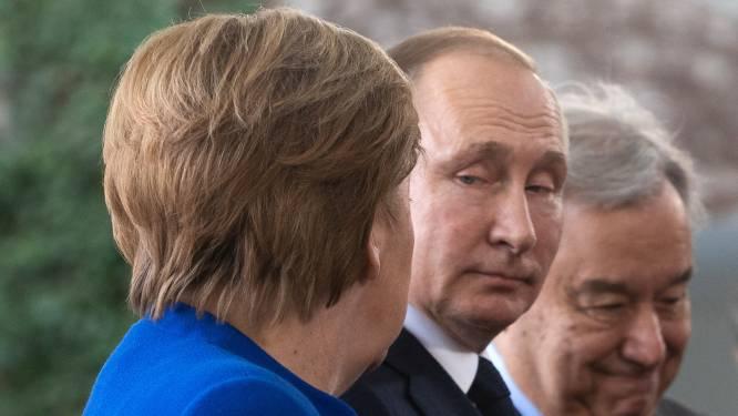 Merkel waarschuwt dat vergiftiging Navalny gevolgen kan hebben voor gasleiding van Rusland naar Europa